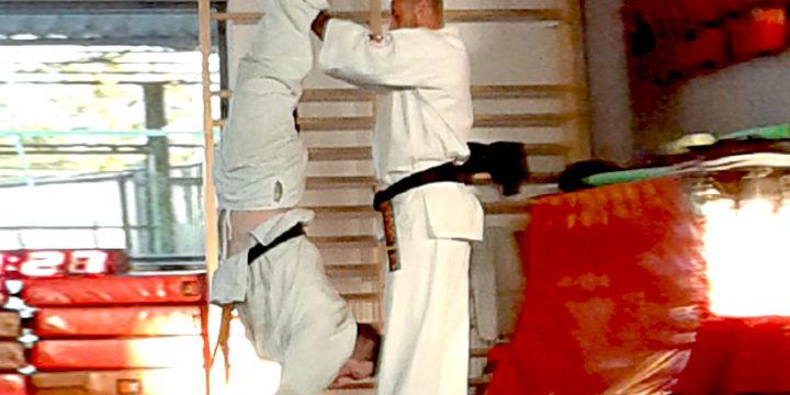 Wakacje z karate kyokushin w Skierniewicach