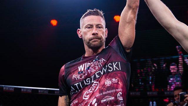 Wygrana walka Przemka na Gali MMA